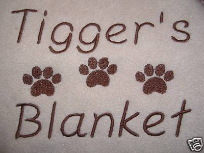 PERSONALISED DOG / CAT BLANKET AVAILABLE IN 7 COLOURS